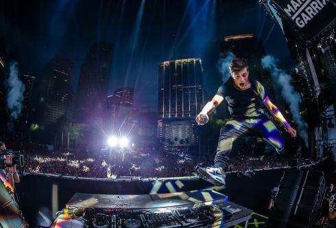 Martin-garrix-live-at-Ultra-Music-Fesival-Miami-2015